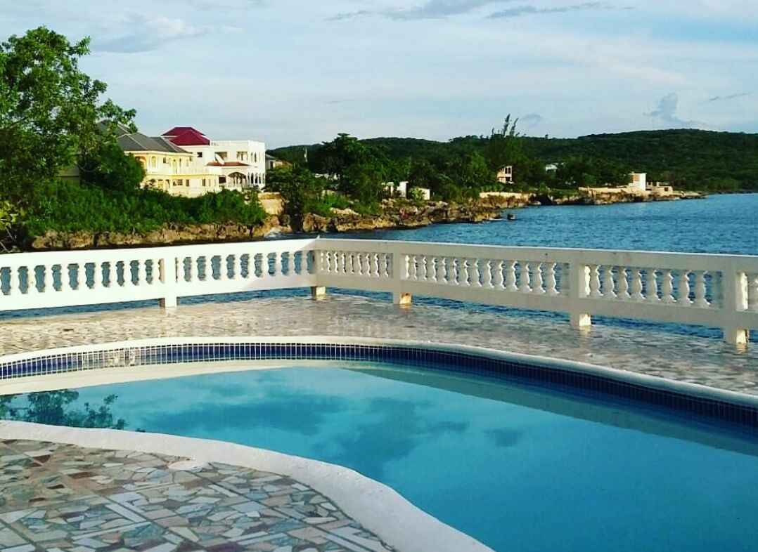 South Seaview Guest Resort