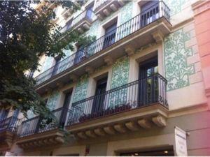 Enric Granados 15 apartment