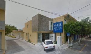 Hotel Montroi City colima
